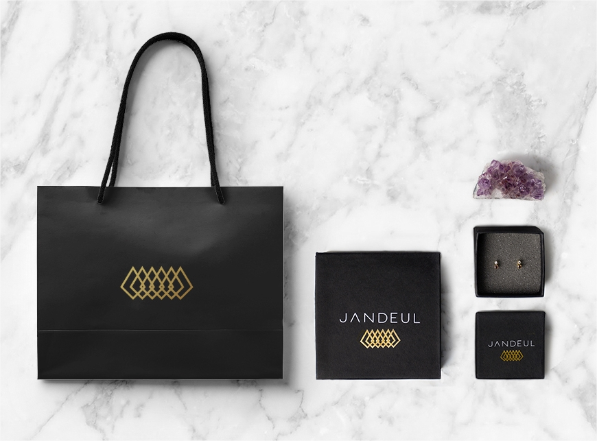 unique jewelry product packaging